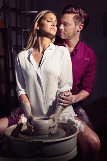 Ghost-The-Musical-UK-Tour-Sarah-Harding-as-Molly-and-Andrew-Moss-as-Sa...-e1470130508377