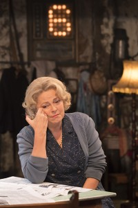 The Entertainer (Kenneth Branagh Theatre Company) - Greta Scacchi (Phoebe Rice) Credit Johan Persson 02753