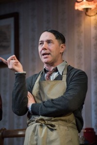 Reece Shearsmith in The Dresser Credit Hugo Glendinning