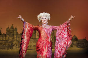 Kim Ismay (Madame Morrible) Photo By Matt Crockett 7342 RT